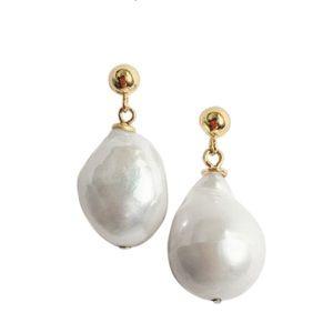 Baroque pearl drop earrings from Kinn